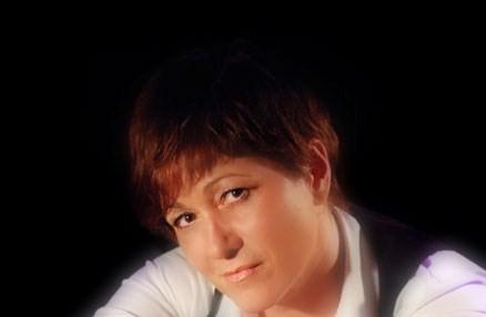 Paola Mattiazzi Bio