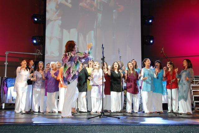 DAMAVOCI GOSPEL SINGERS – Grande successo a Garda